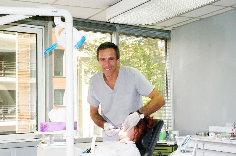 dr liviu filipescu chirurgien dentiste toulouse. Black Bedroom Furniture Sets. Home Design Ideas