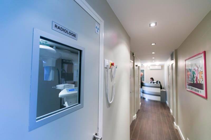 dr alexia nabet chirurgien dentiste les clayes sous bois. Black Bedroom Furniture Sets. Home Design Ideas