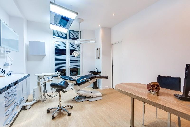 wagram dentaire cabinet dentaire paris prenez rdv en. Black Bedroom Furniture Sets. Home Design Ideas