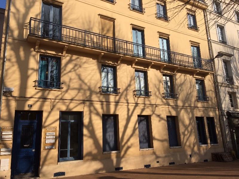 Lignes Mont Saint Aignan #11: Dr Caroline HARTOUT | Dudew.com