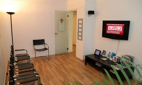cabinet dentaire dr chekir dr tellissi cabinet dentaire. Black Bedroom Furniture Sets. Home Design Ideas
