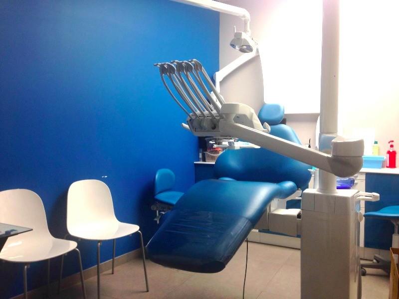 dr bahya khelil chirurgien dentiste asni res sur seine les lilas. Black Bedroom Furniture Sets. Home Design Ideas