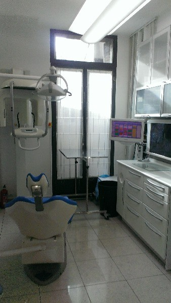 dr philippe medioni chirurgien dentiste boulogne billancourt clichy. Black Bedroom Furniture Sets. Home Design Ideas