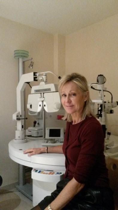 dr anne julien ophtalmologue paris prenez rendez vous en ligne. Black Bedroom Furniture Sets. Home Design Ideas