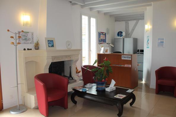 centre dentaire acsp cabinet dentaire yerres prenez rdv en ligne. Black Bedroom Furniture Sets. Home Design Ideas