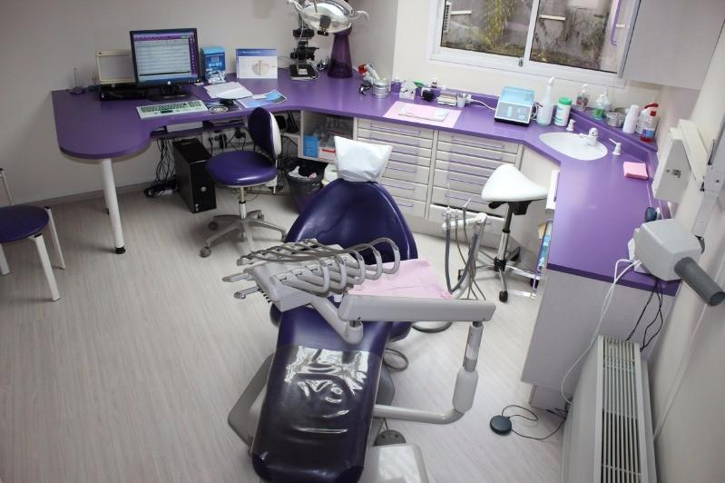 dr julien tanrattana chirurgien dentiste cergy. Black Bedroom Furniture Sets. Home Design Ideas