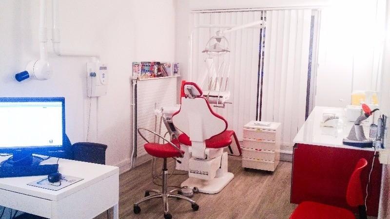 cabinet dentaire des docteur dassie caldera et bouchain cabinet dentaire paris. Black Bedroom Furniture Sets. Home Design Ideas