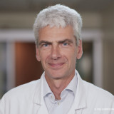 Dr GIOVANSILI, Chirurgien urologue à Paris 7