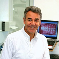 Dr AKNIN, Orthodontiste à Paris