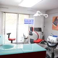 Dr DERMAN, Chirurgien-dentiste à Paris