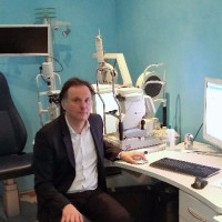 Dr MAYER, Ophtalmologue à Montfort-l'Amaury