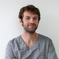 Dr GASTON, Chirurgien-dentiste à Bordeaux