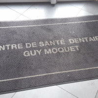 Centre Dentaire Guy Moquet Marcadet , Centre dentaire à Paris