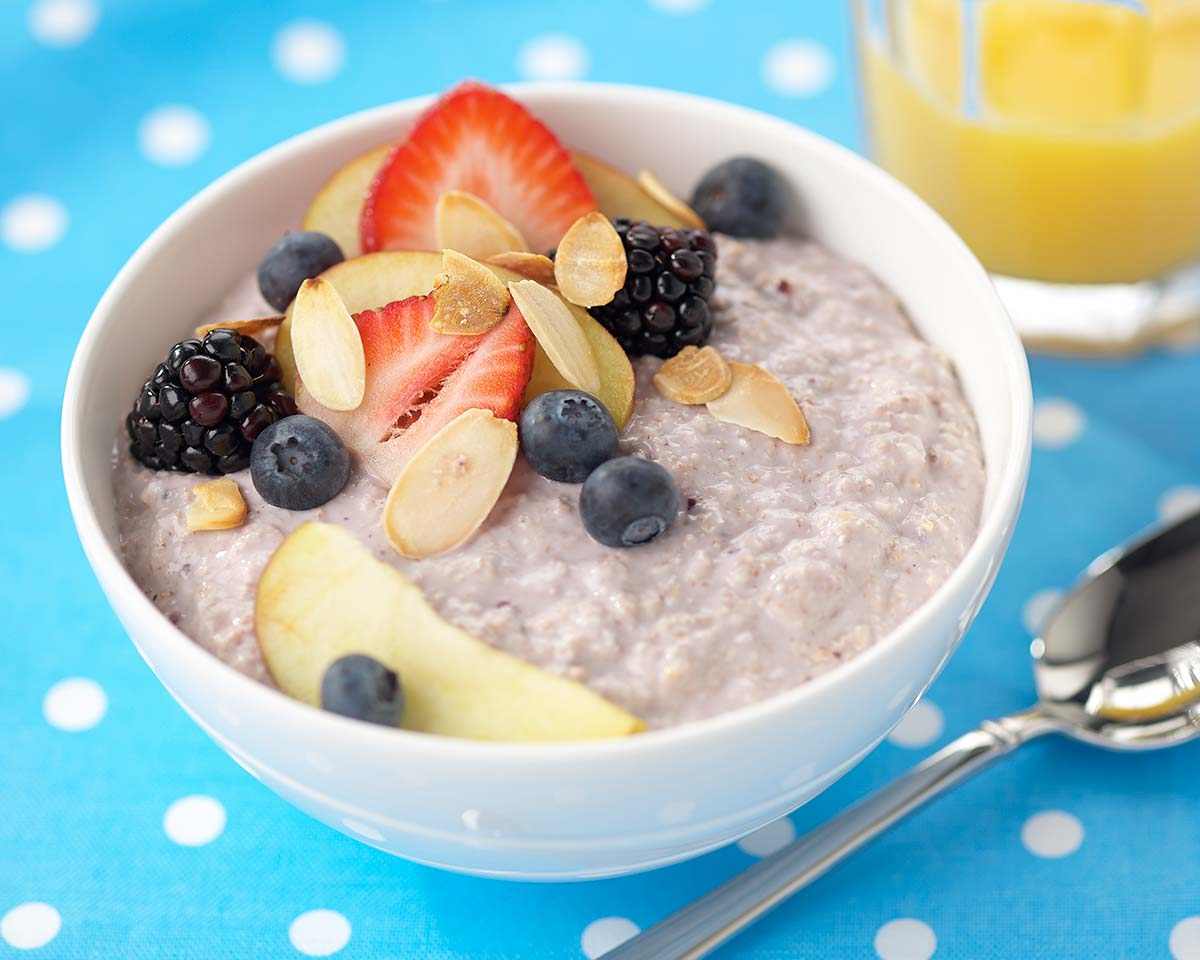 Rachel's Organic Yoghurt - Porridge with Organic greek yoghurt and fresh fruits