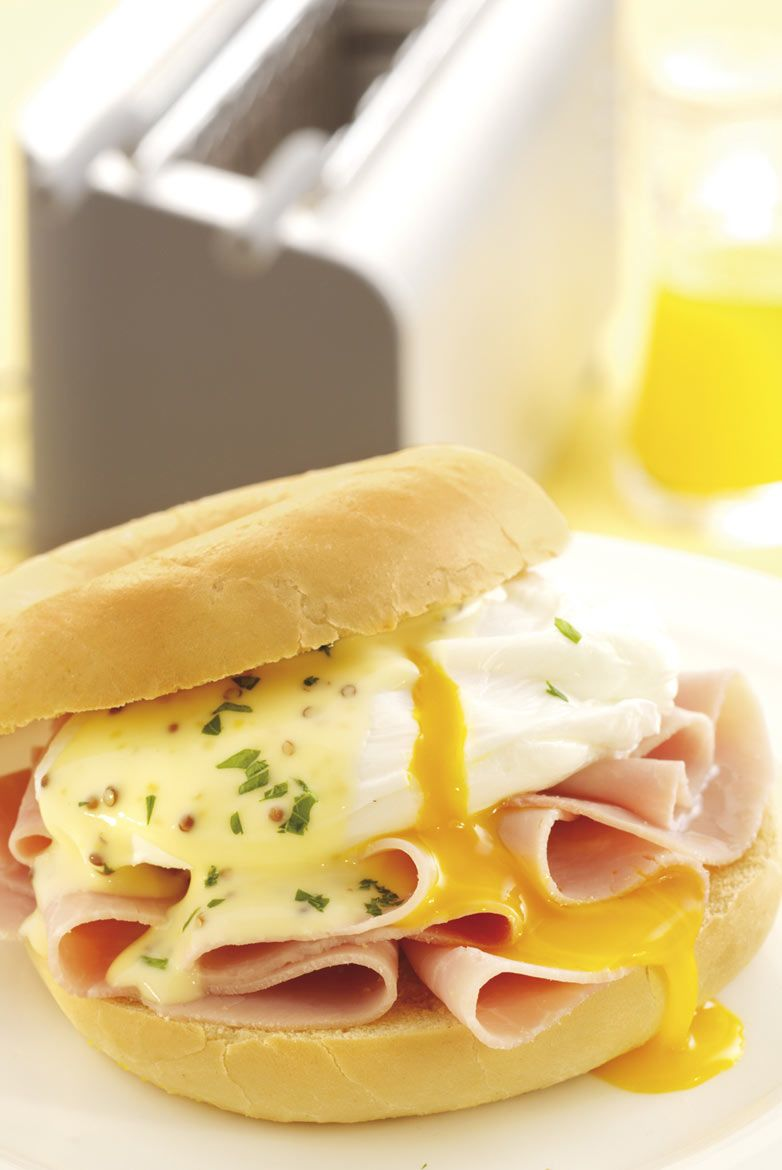 Poached egg & ham bagel for Kenwood promotional brochure