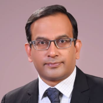 Cardiologist in Kozhikode  -  Dr. Girish Warrier