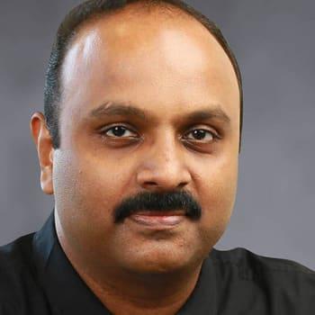 Gynaecologist in Ernakulam  -  Dr. Vivek V Kumar