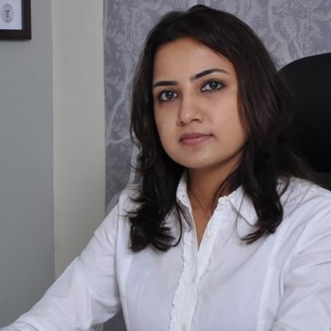 Dermatologist in Chennai  -  Dr. Deepika Lunawat