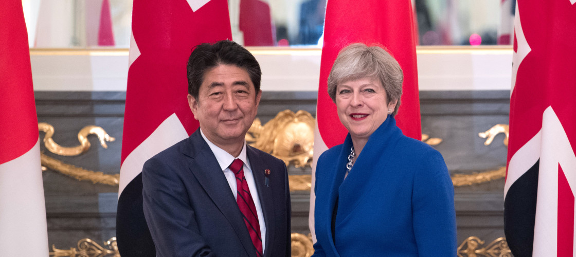 Theresa May with Shinzo Abe, whose Japanese government is a key player in the TPP