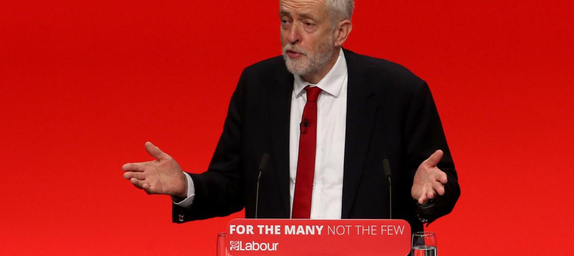 Jeremy Corbyn addressing delegates in Brighton today