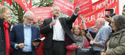 Carwyn Jones campaigning in Cardiff last week