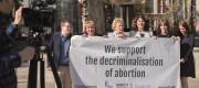 MPs back decriminalising abortion
