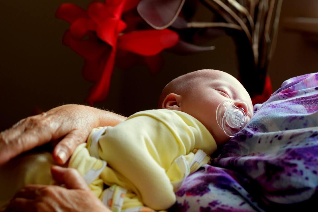 Kurs: Bebek Bakımı ve Bebek Masajı Eğitimi