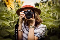 Daha iyi fotoğraf atölyesi, fotoğrafçılığı profesyonel olarak düşünen ve profesyonel bir şekilde çekim yapmayı öğrenmek isteyen kişiler içindir. Toplamda 4 hafta sürecek olan atölyenin ilk iki haftası teorik bilgilerin paylaşılacağı, diğer iki haftası ise pratik uygulama olarak geçecektir.  Fotoğraf atölyesinde ışık, bakış açısı, fotoğrafın alanlarını tanımanızı (enstantane, foto muhabirlik, portre fotoğrafcılığı vs.), fotoğraf makinelerin çekim modlarının tanıtılması bilgileri öğretilecektir.  Fotoğrafçılığın derinliğine inmenizi sağlayacak Daha İyi Fotoğraf Atölyesi Tolga Subaşı tarafından toplamda 2.5 saatten 4 ders olarak, 10 saatte verilmektedir.
