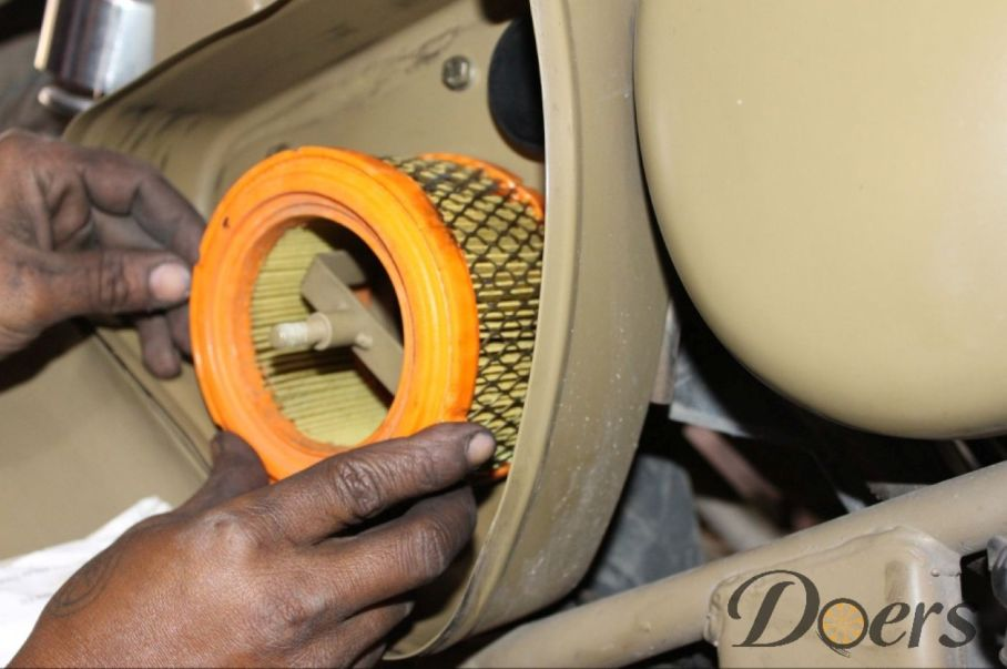 Step number 11 image for Air filter cleaning or Replacement