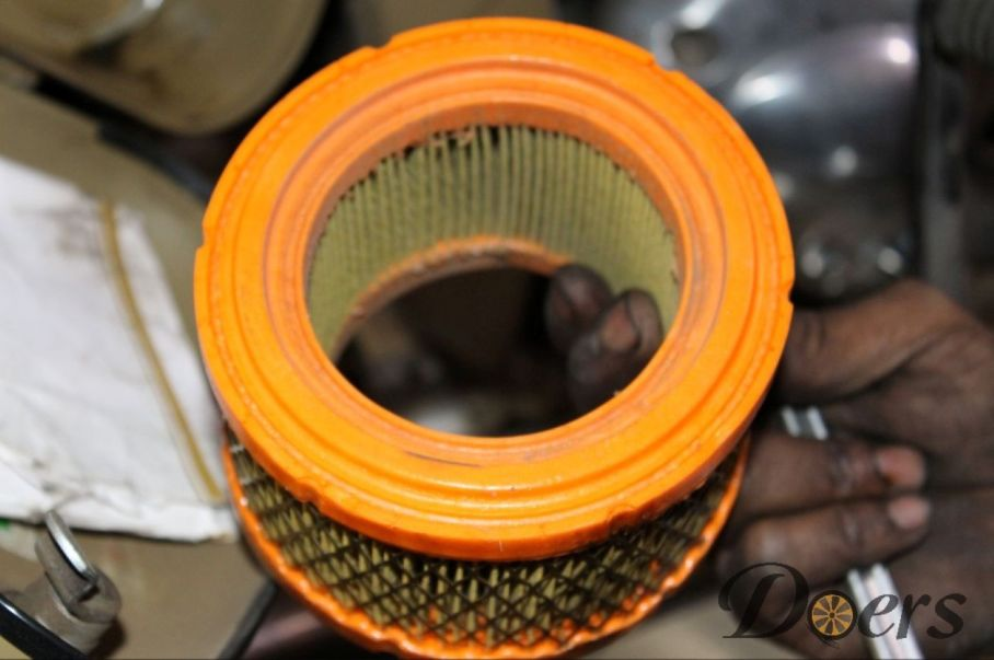 Step number 5 image for Air filter cleaning or Replacement