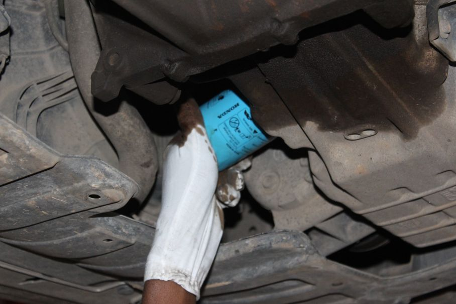 Step number 5 image for Oil Filter Changing