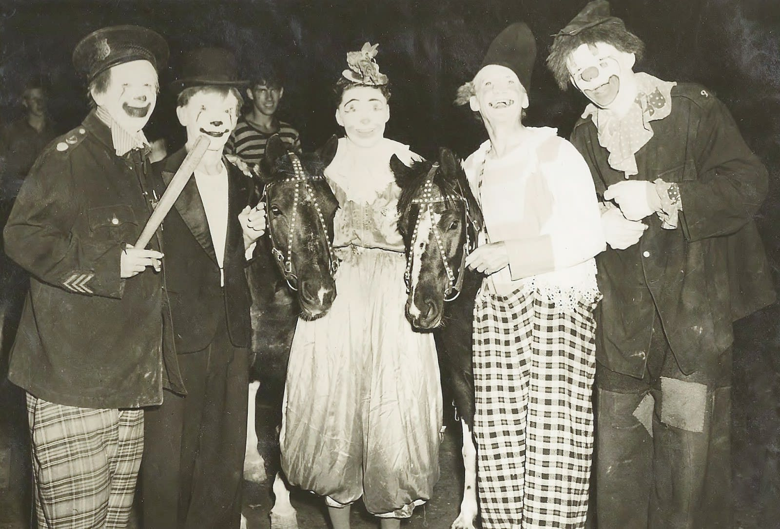 Moppets in Clown Alley 1947