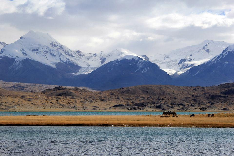 Karakol lake 1