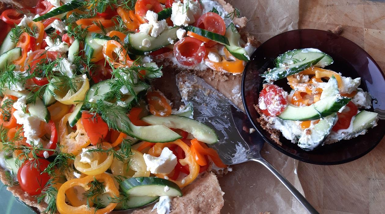 Tsatsiki-salaattipiirakka