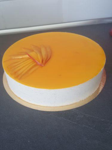 gâteau anniversaire paris licorne fortnite, un pâtissier cakedesigner Uaypmg