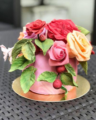 gâteau anniversaire paris licorne fortnite, un pâtissier cakedesigner Uhmukf