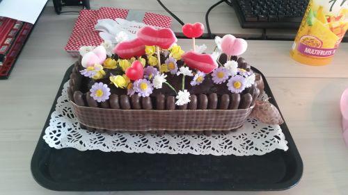 gâteau anniversaire paris licorne fortnite, un pâtissier cakedesigner Zb9bn3