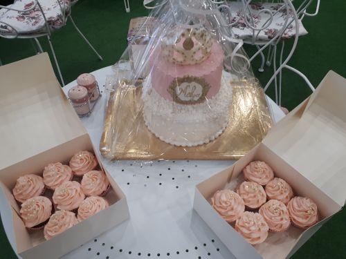 gâteau anniversaire paris licorne fortnite, un pâtissier cakedesigner Hhyduy