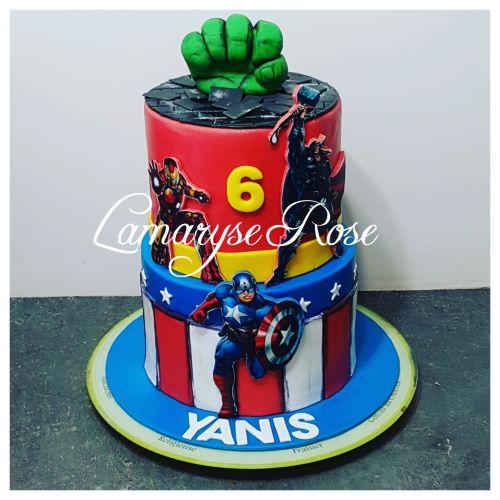 gâteau anniversaire paris licorne fortnite, un pâtissier cakedesigner G9paii