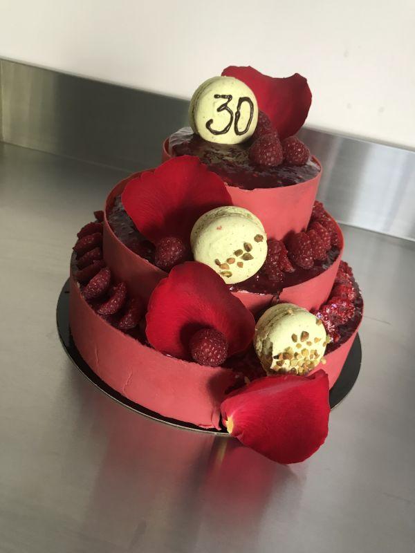 gâteau anniversaire paris licorne fortnite, un pâtissier cakedesigner Khtbmw