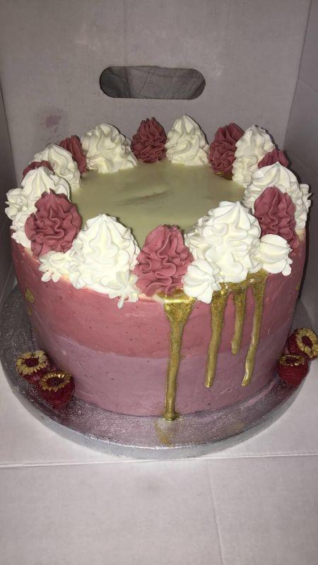 gâteau anniversaire paris licorne fortnite, un pâtissier cakedesigner Hngjmt