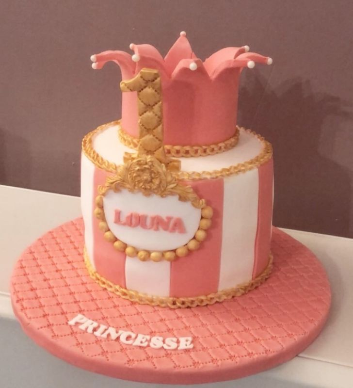 gâteau anniversaire paris licorne fortnite, un pâtissier cakedesigner Wkz1c6