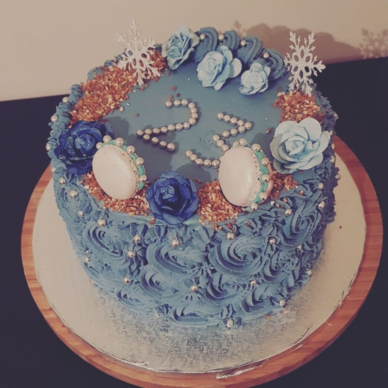 gâteau anniversaire paris licorne fortnite, un pâtissier cakedesigner Aukbib