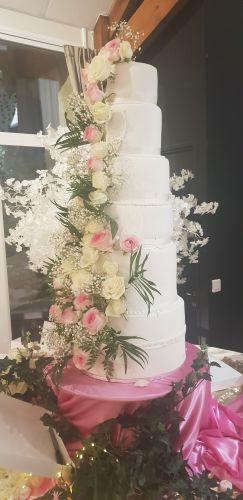gâteau anniversaire paris licorne fortnite, un pâtissier cakedesigner R1xzjz