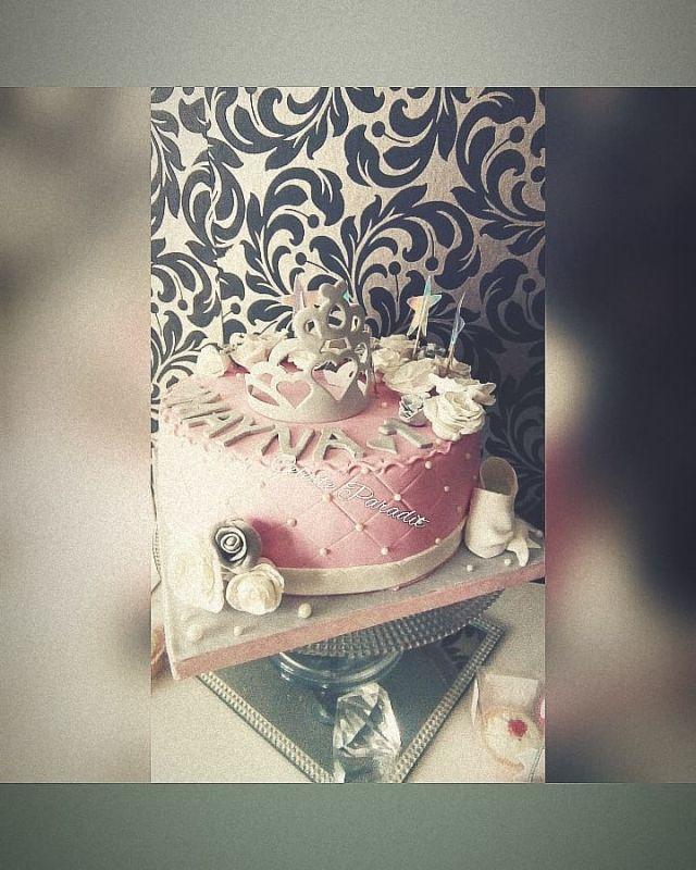 gâteau anniversaire paris licorne fortnite, un pâtissier cakedesigner S3hmx8