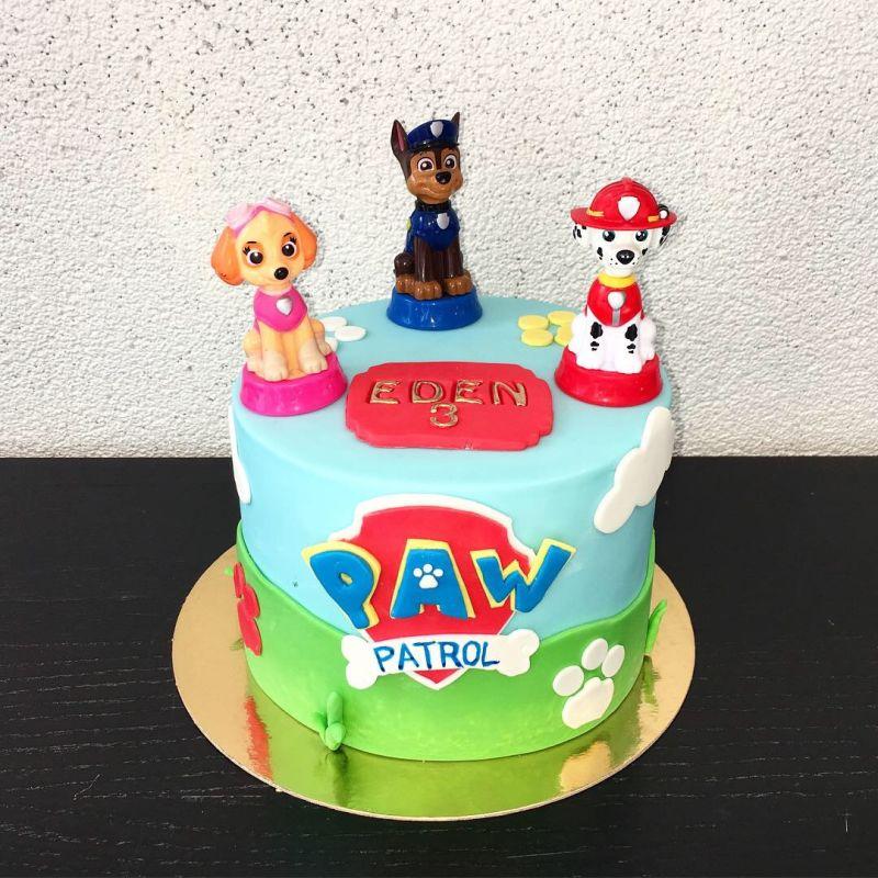 gâteau anniversaire paris licorne fortnite, un pâtissier cakedesigner I4khwp