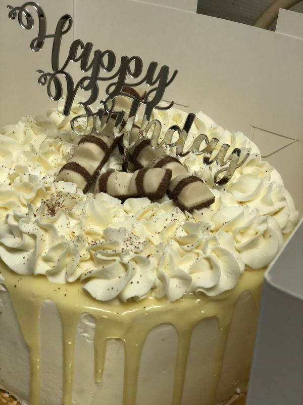 gâteau anniversaire paris licorne fortnite, un pâtissier cakedesigner Midtxx