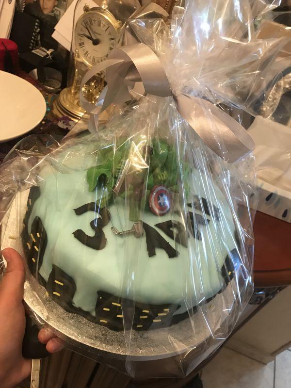 gâteau anniversaire paris licorne fortnite, un pâtissier cakedesigner Pazh02