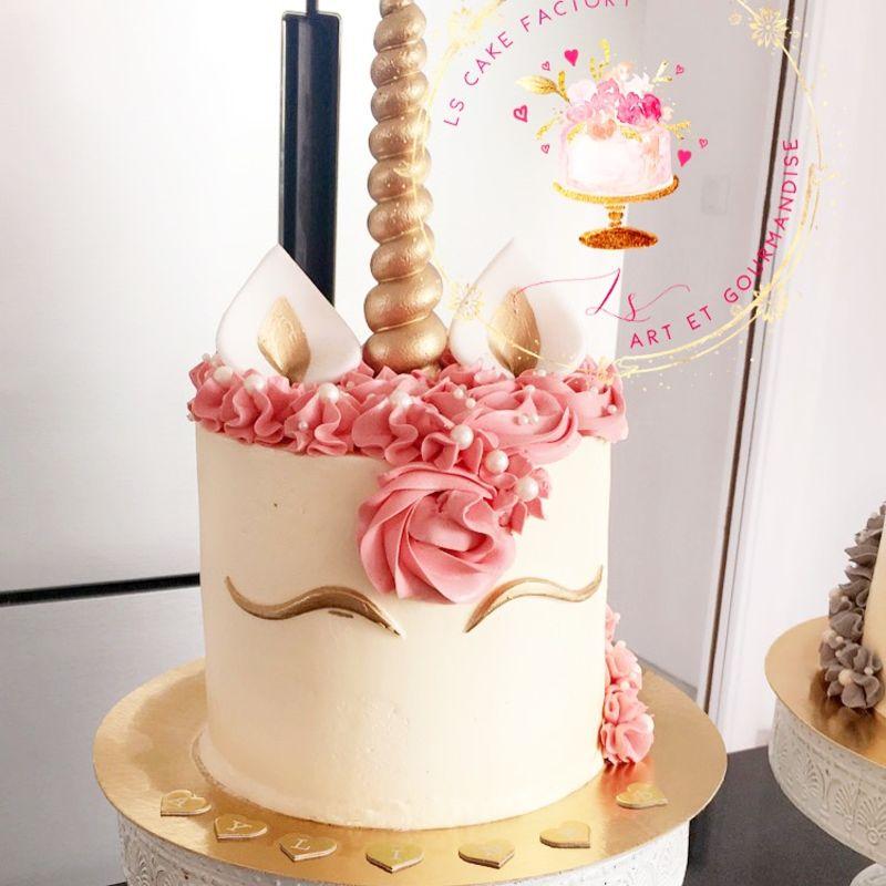 gâteau anniversaire paris licorne fortnite, un pâtissier cakedesigner Ohp3bk