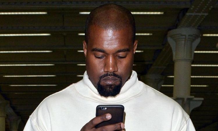 Text Messages Kanye West Won't Tweet Screenshots Of